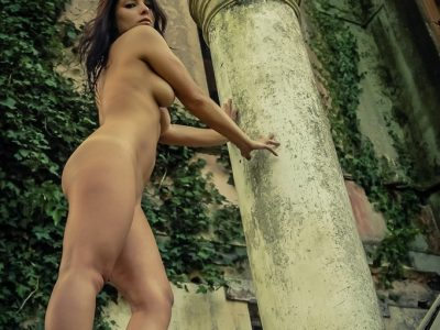 The Nude Girl-1
